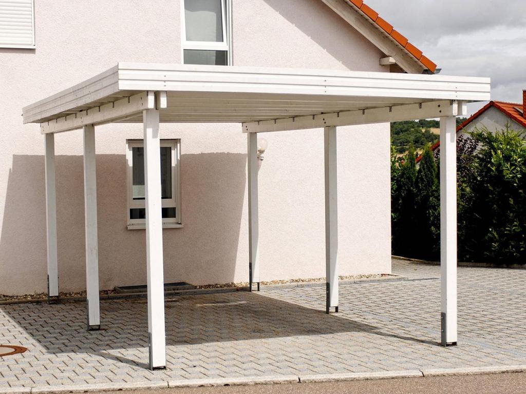 Carport Aus Metall Oder Holz Vor Und Nachteile Image Sample in Metal Carport Installation