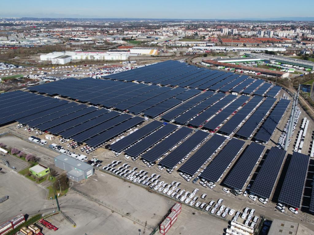 France Opens Biggest Solar Carport – Pv Magazine International Facade Sample of Commercial Solar Carport