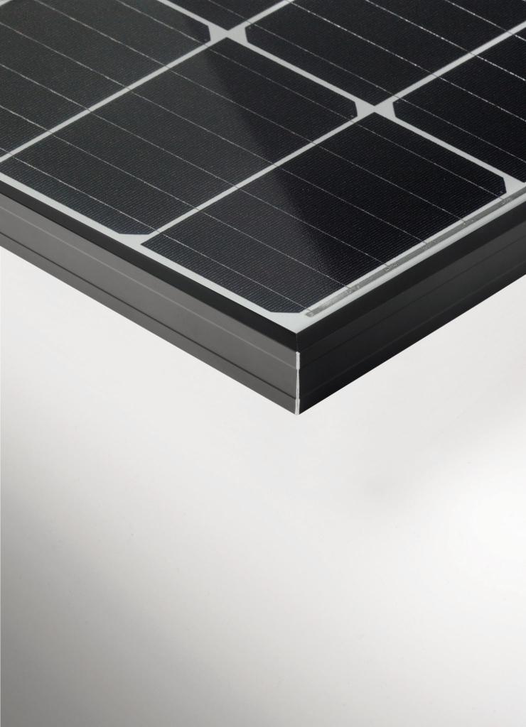 Pvmagazinede20180313Younicosstartet Facade Sample in Residential Solar Carport Kit