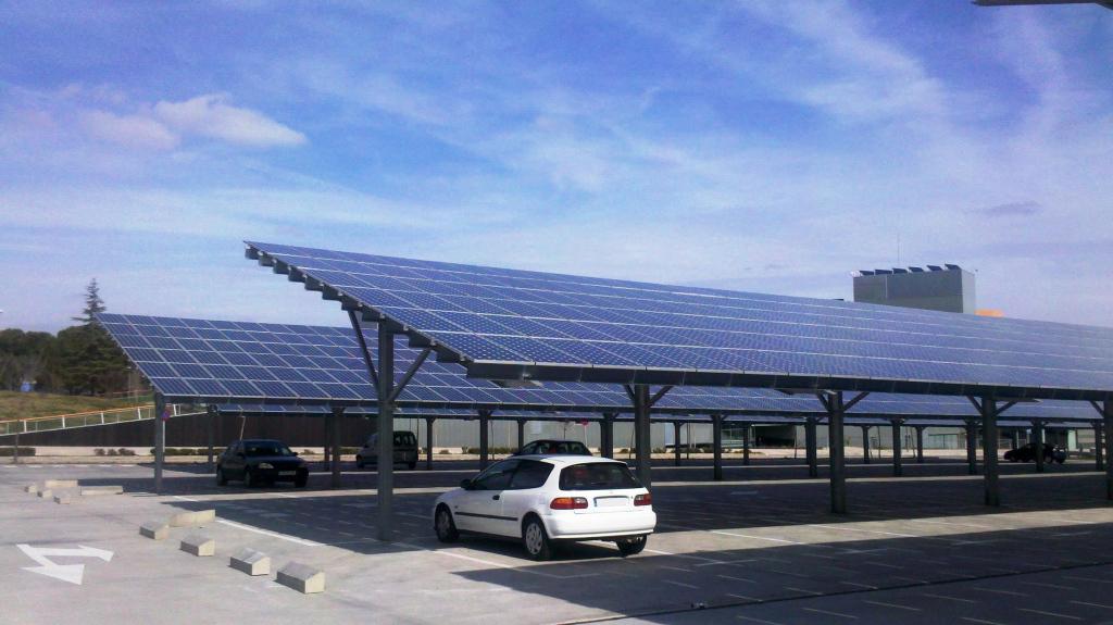 Solarcarport Business Maxi Vorstellung  Energieprojekt Photo Sample in Commercial Solar Carport